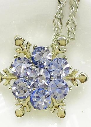 Кулон подвеска ожерелье цепочка снежинка с фиолетовыми камнями