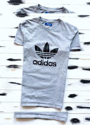 Adidas originals футболка