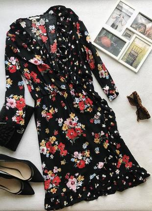 Платье имитация запаха в цветах