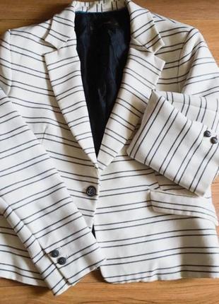 Крутой женский пиджак жакет в полоску  zara