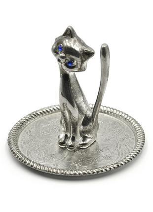 Оригинальная подставка - вазочка для колец с кошкой. посеребрение (мельхиор).
