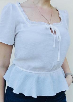 Блузка .