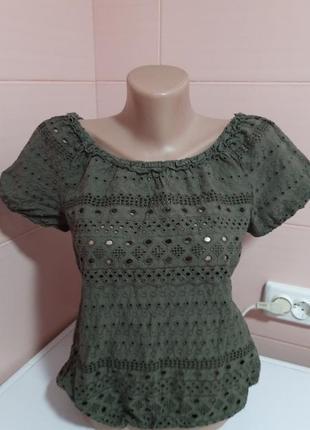 Стильная блузочка цвета хаки