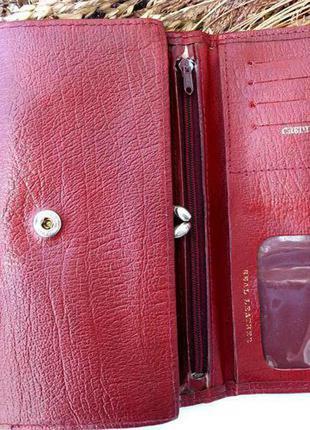 Кожаный кошелек красного цвета5