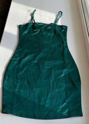 Изумрудное платье от oh polly