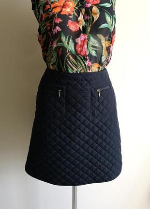 Фирменная стеганая теплая зимняя плотная короткая юбка hobbs
