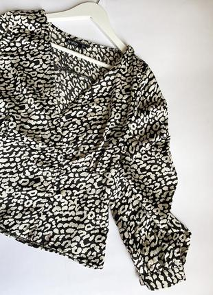 Потрясная блузка бренда boohoo, новая