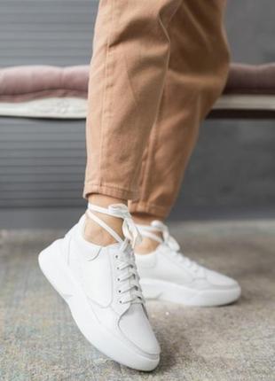 Женские кроссовки кожаные весна/осень белые yuves