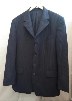Трендовый пиджак с мужского плеча в полоску