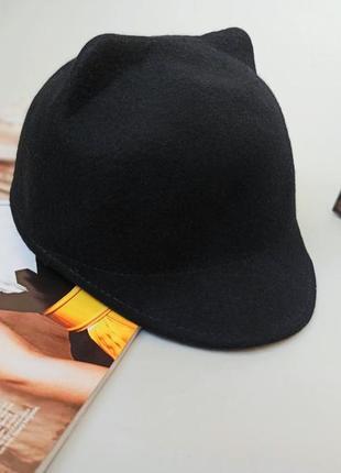 Кепка жокейка шапка с ушками