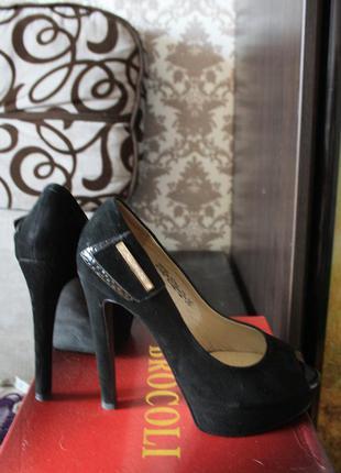 Туфли високий каблук платформа