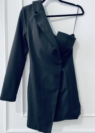 Платье жакет на одно плечо