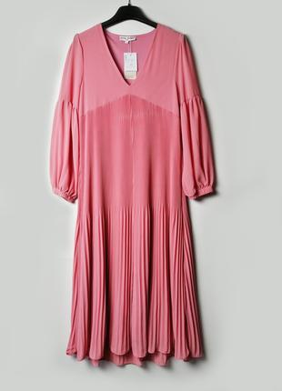 Роскошное платье плиссе свободного силуэта