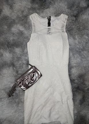 Шикарное кружевное платье 🤍