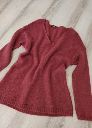 Пуловер пыльнорозового цвета