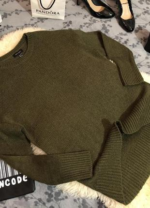 Стильный актуальный свитер джемпер цветом хаки, р.м/л...❤️🔥🌹