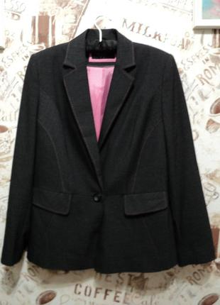 Замечательный пиджак с баской bhs