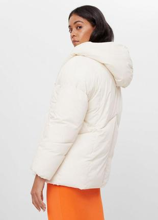 Біла куртка xs s bershka / белая куртка xs s bershka