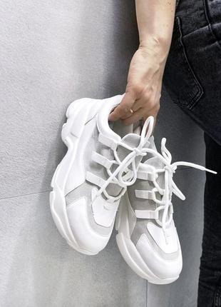 Женские кроссовки из искусственной кожи 10074 (маломерят)