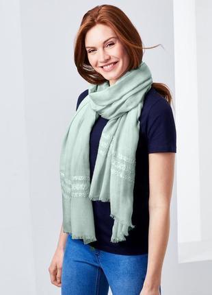 Воздушный большой шарф-шаль с пайетками tcm tchibo