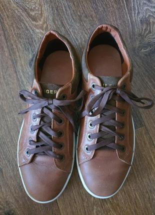 Продам туфли tommy hilfiger р.40