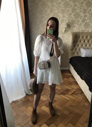 Ідеальне біле плаття