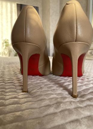 Туфли лодочки натуральная кожа бренда preppy {не louboutin}