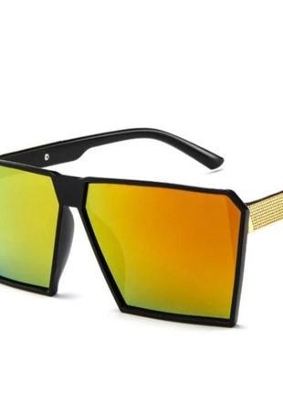 Модные очки солнцезащитные зеркальные 2021 унисекс.