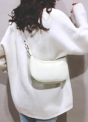Сумка сумочка седло под винтаж с широким ремнем новая белая