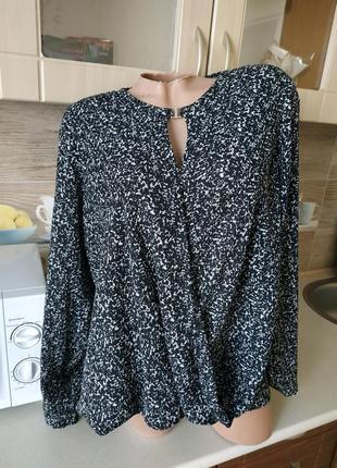 Красивая блуза ,блузка р.48-50