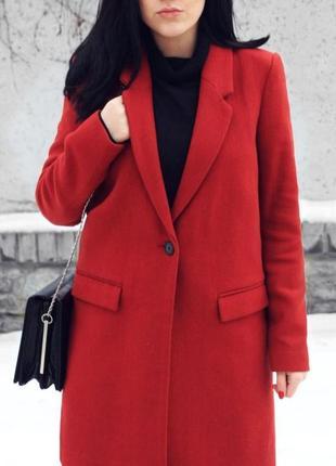 Шерстяной пальто zara