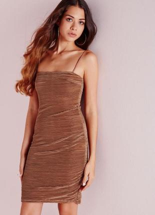 Шикарное гофрированное платье мини по фигуре missguided