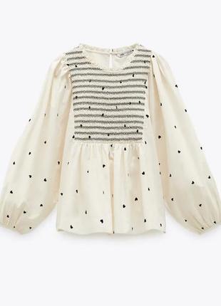 Новенька блуза від zara