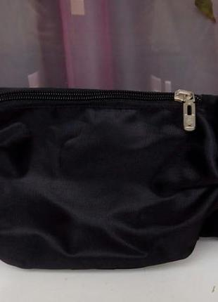 Стильная новая фирменная сумка-бананка  ccs.4