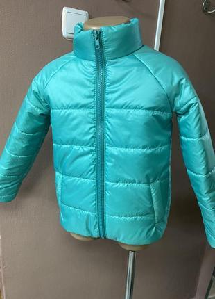 Дитячі демісезонні курточки