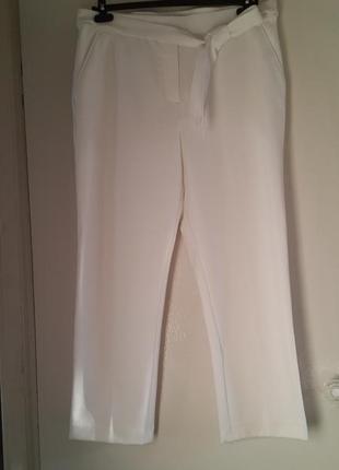 Классные брюки цвета слоновой кости marks&spencer
