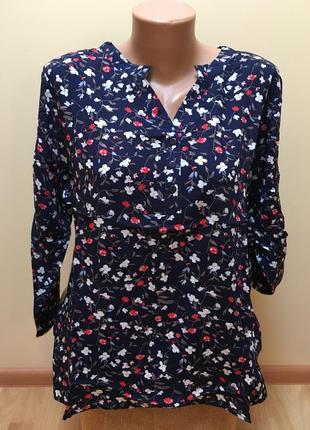 Стильна блузочка з квітковим принтом темно-синього кольору 🌸🌸🌸