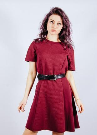 Бордовое платье трикотажное