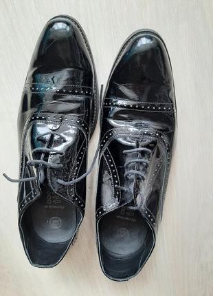 Mida кожаные лаковые туфли
