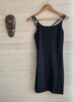 Облегающее мини платье
