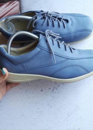 Кожаные туфли padders