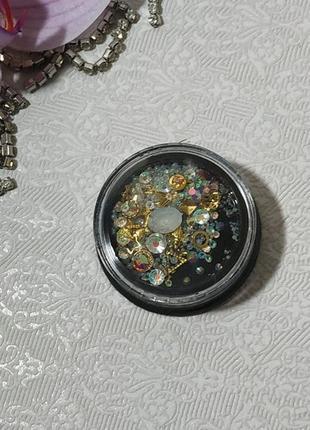Кристали для дизайну нігтів, мікс з декором.