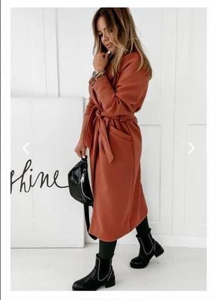 Женское пальто на подкладке6 фото