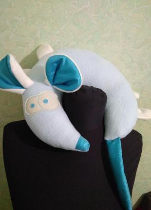 Мышка голубая с блестящим хвостом