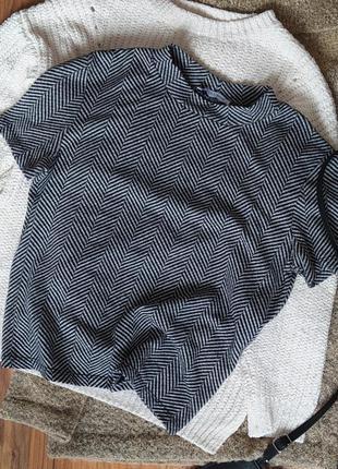 Черно белая футболка zara кроп короткая m s xs хлопок узор елочка