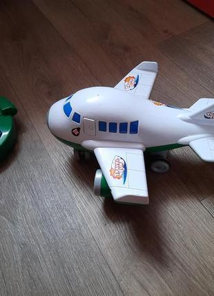 Самолет на управлении