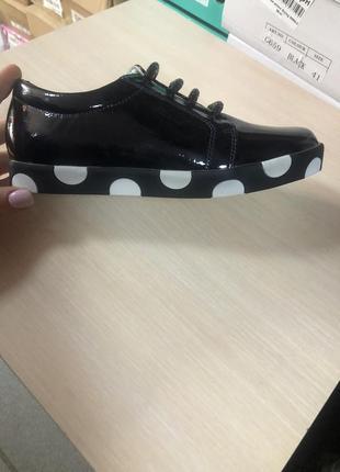 Классные лаковые туфли7 фото