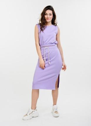 Женский летний костюм с юбкой-миди и топом сиреневый