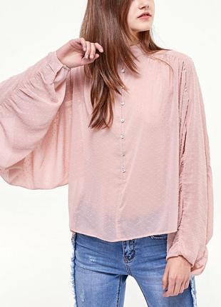 Шифоновая блузка блуза нюд пудрового цвета в горошек stradivarius оверсайз