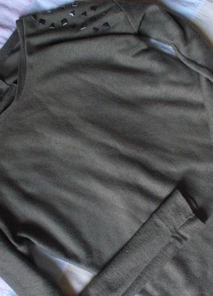 Кофта с шипами свитшот реглан свитер цвет хаки atmosphere